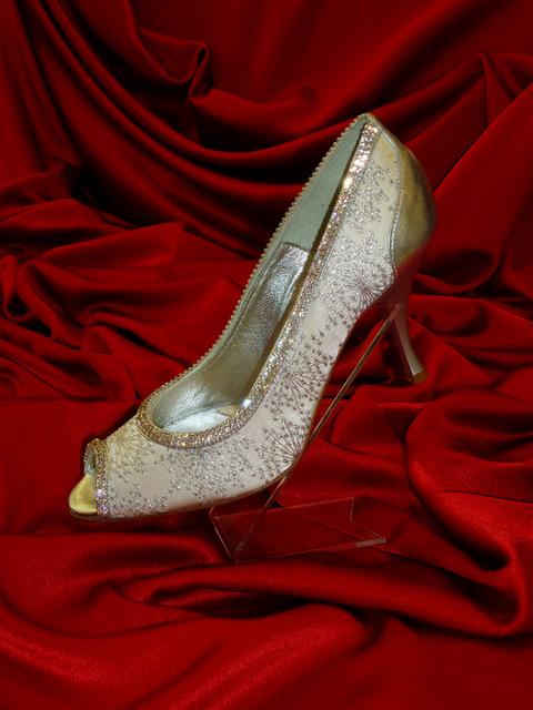 Νυφικό παπούτσι
