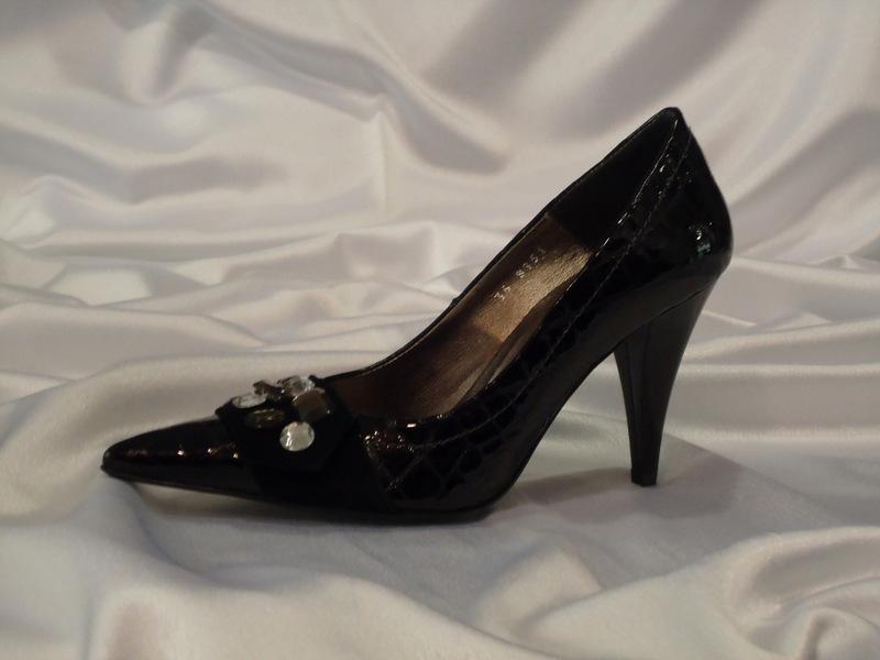 Παπούτσι δέρμα λουστρίνι κροκό-καστόρι μαύρο