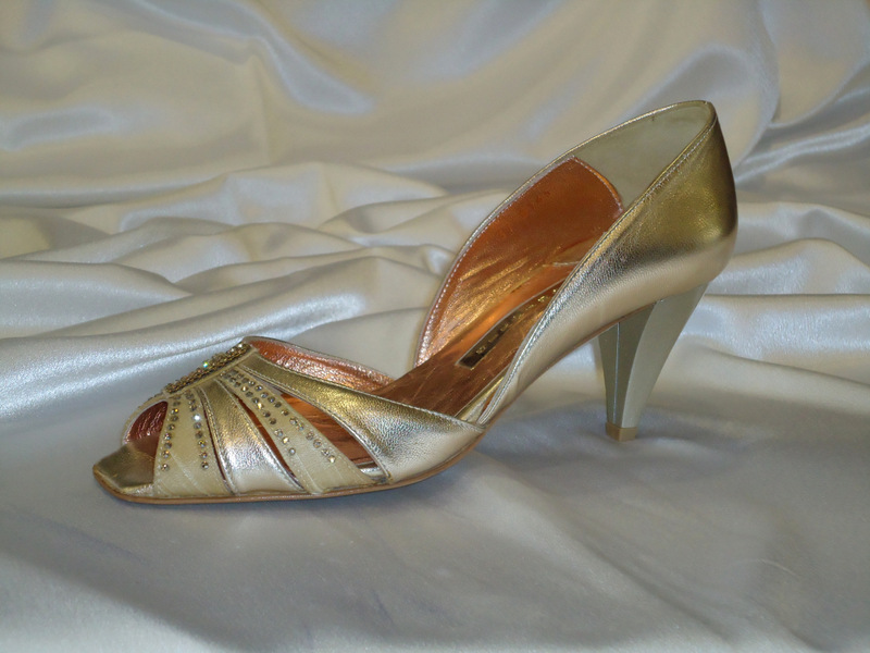 Παπούτσι δέρμα χρυσό