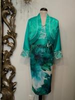 Βραδυνό φόρεμα εμπριμέ μουσελίνα-ζακετάκι σατέν